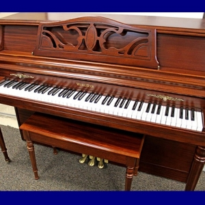 SOLD!  .........    Wurlitzer #2827495